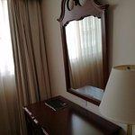 Continental Hotel & Casino Resmi