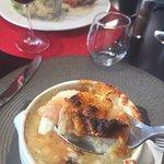 Restaurant découvert par TripAdvisor  Déjeuner en famille bien que nombreux le service etait imp