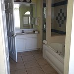 Master en suite, two bed apartment