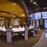 Design House IDOLI's Design Dining setting.