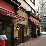 صورة فوتوغرافية لـ Mr. John's Steakhouse
