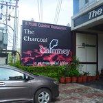 Foto de The Charcoal Chimney
