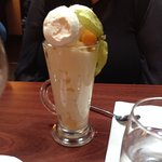 Banana Ice cream sundae - scrummy!
