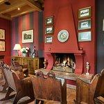 Restaurant Il Cavallo | Das Kaminzimmer mit Bar