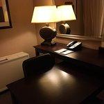 Photo de DoubleTree by Hilton Hotel Pittsburgh-Meadow Lands