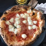 "Pizza Speciale ""Napoletana"""