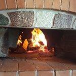 Forno a legna per la cottura delle pizze