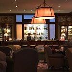 Bar/salon chaleureux