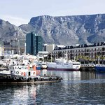The innermost harbor with a piece of Table Mountain behind