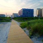 Adventurer Oceanfront Inn Foto