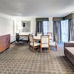 Photo de DoubleTree by Hilton Hotel Milwaukee Downtown