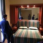 Photo de Hotel Lux