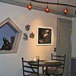 1 Bedroom loft apartment Dinning area