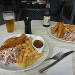 Brews & Meals, Schnitzel & Barra/Chips
