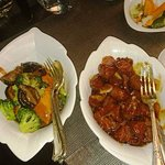 Cantonese Tenderloin Beef + Broccoli with Black Mushroom