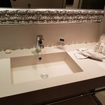 Lavabo chambre de luxe (bouché au moment de la photo)