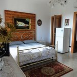 Bicamera DELUXE, matrimoniale + cameretta singola +  bagno privato + ampia veranda arredata