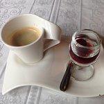 café avec deux griottes