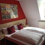 Kleines Doppelzimmer mit Dachschräge