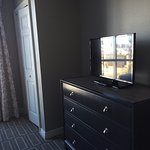 2nd bedroom tv and dresser, good sized closet