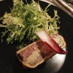 Le fabuleux pâté en croute au foie gras... Désolé pour la photo floue !