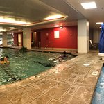 Hot tub and pool at the Hilton Netherland Plaza