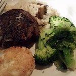 Foto de Burton's grill