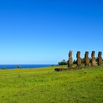 Excursions to thee seven Moai