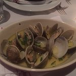 LITTLENECK CLAMS baked with white wine, garlic and butter
