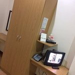 Robe's - TV, Cabinet & Telephone