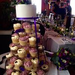 Cake by Caledonian Cupcakes