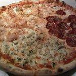 صورة فوتوغرافية لـ Pizza Na
