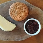 Lancashire Tasty, Pear Chutney, Ginger Biscuits