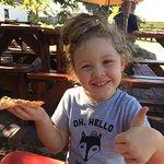 Under Oaks Pizzeria Foto