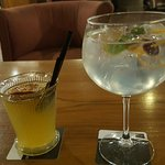 Gin-tonic y cocktail