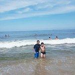 Muy buenas las olas, si van con niños deben estar bajo supervisión de un adulto, la recomiendo