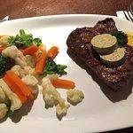 300g Rinderhüftsteak mit Gemüse natur