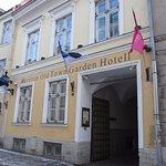 Foto di Meriton Old Town Garden Hotel
