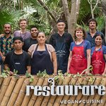 Our culinary tour group posing with the awesome Restaurare crew.