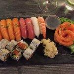 63 - sushi platter