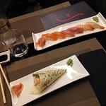 Temaki sake tartare e nigiri mix small