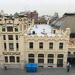 veduta della stazione dalla stanza dell'albergo