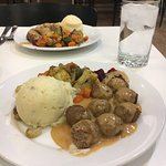 They get a little sloppy with the foods touching. Mix veg, balls, gravy, deserts