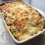 Tuna, sweet corn and cheese pasta bake 🍴