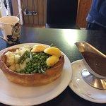 ROAST BOAT full roast dinner in a giant Yorkshire pudding 🍴