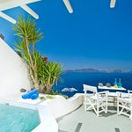 Enigma Apartments & Suites