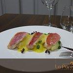 Filet de Rouget Barbet, Ecume de Safran Ecrasé de Pommes de Terre Acidulées
