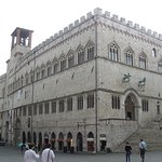 Photo de Piazza IV Novembre