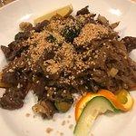 Fräsch asiatisk mat, älskar allt på far est. Ankan är så god!
