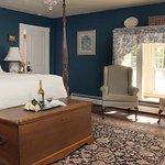 Miss Marcie's Room... rustic elegance.